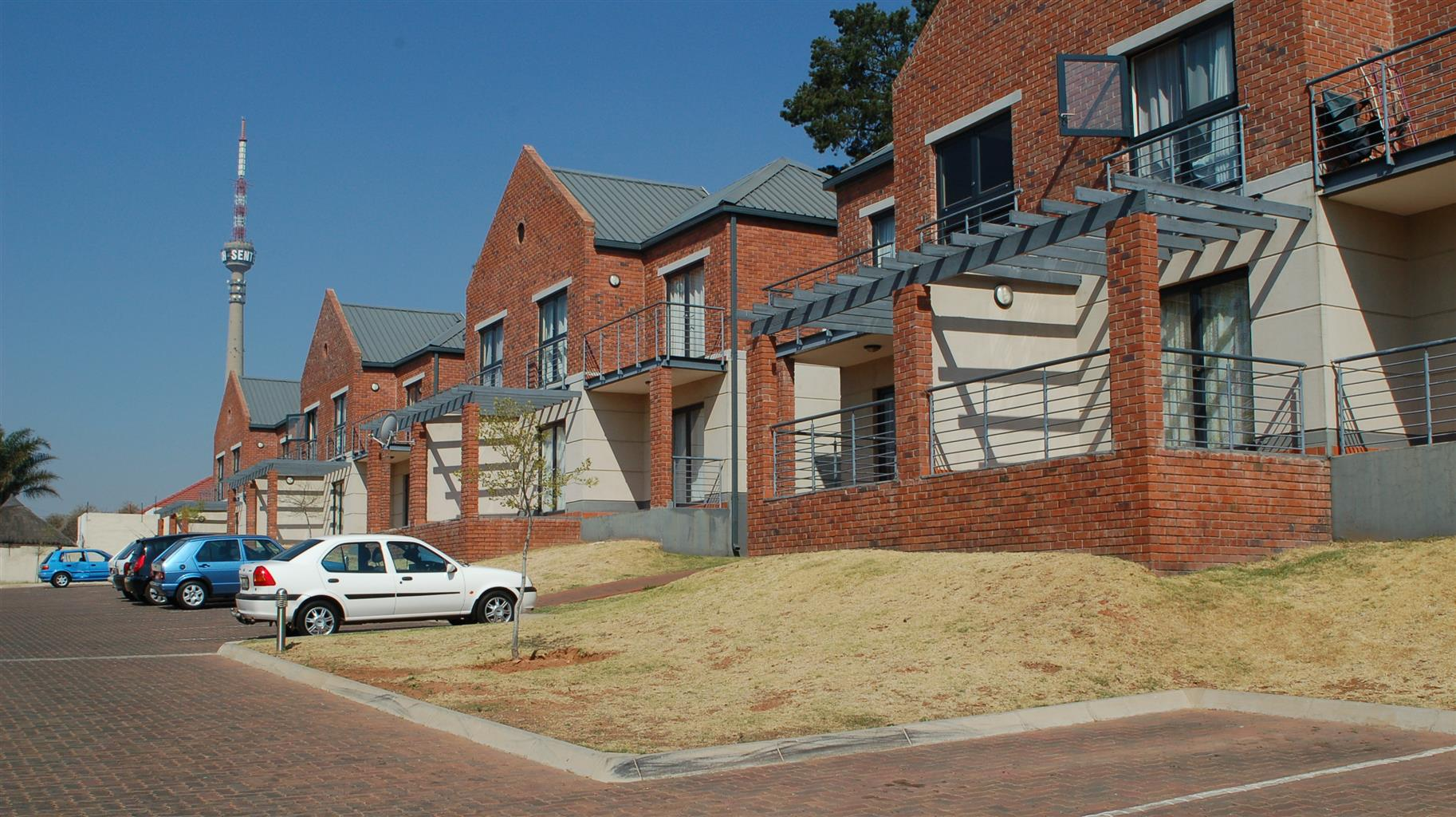 Single bedrooms - THE YARD, AUCKLAND PARK