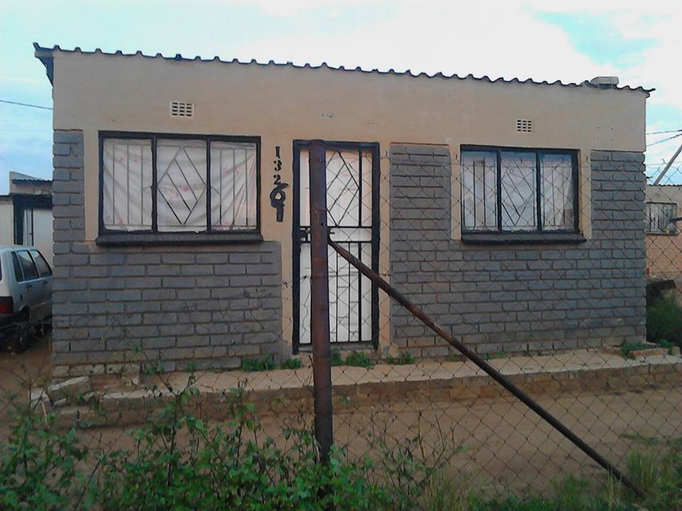 house for sale at Tsakane