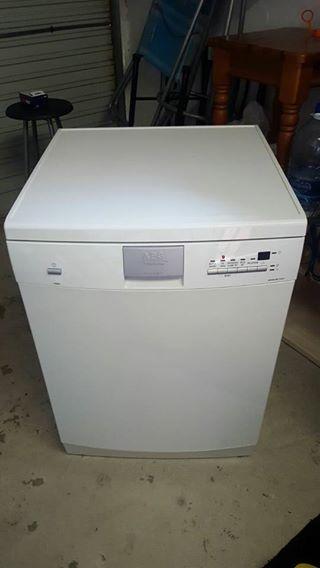 AEG dishwashing machine for sale