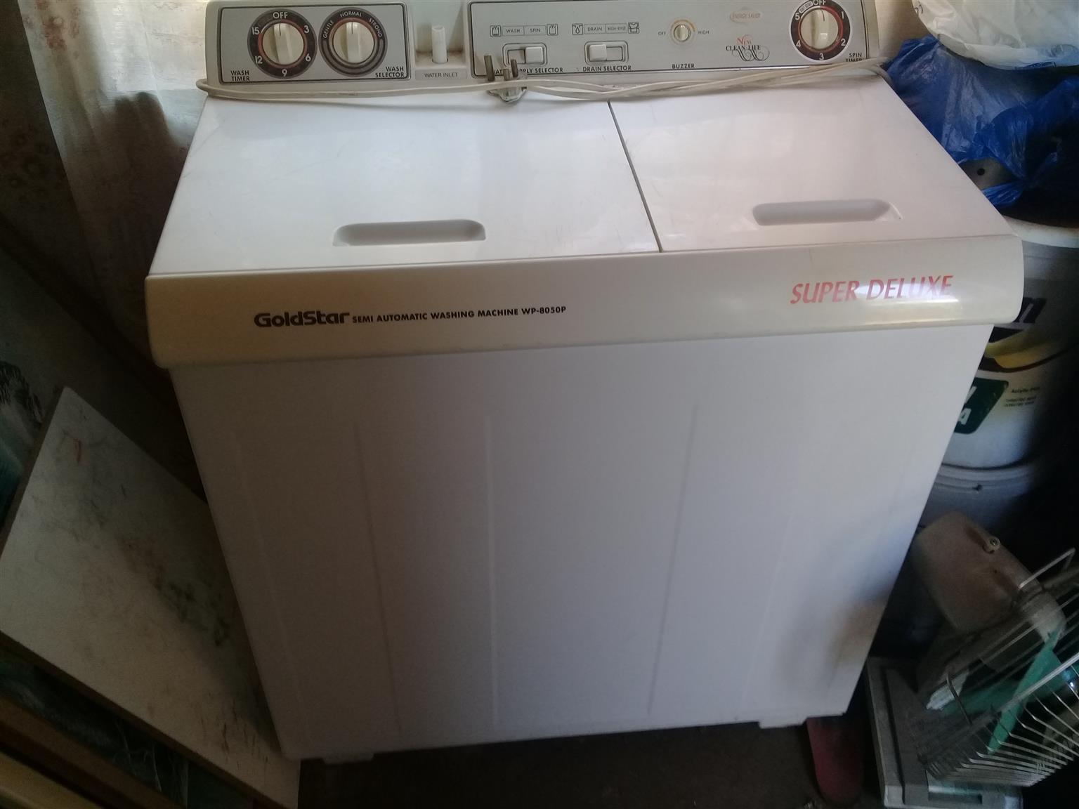 GOLDSTAR semi automatic washing machine