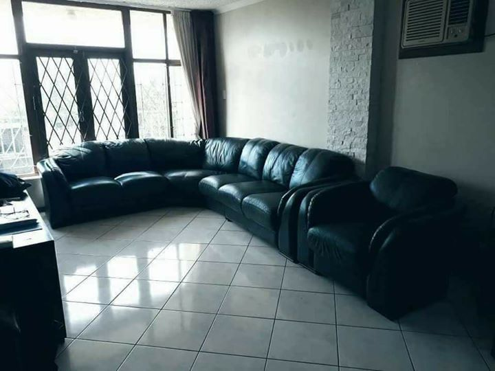 7 seater Genuine leather lounge suite