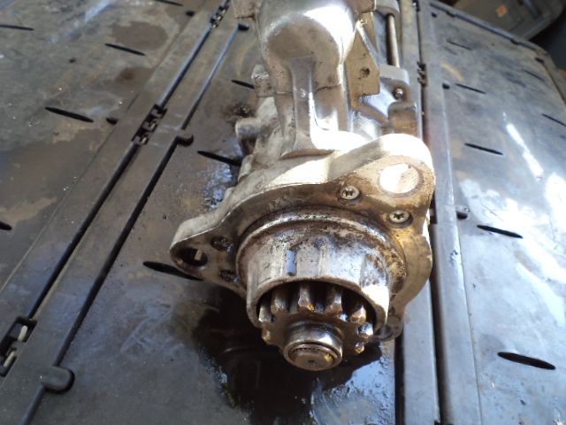 Delco Remy 39MT  starter motor.