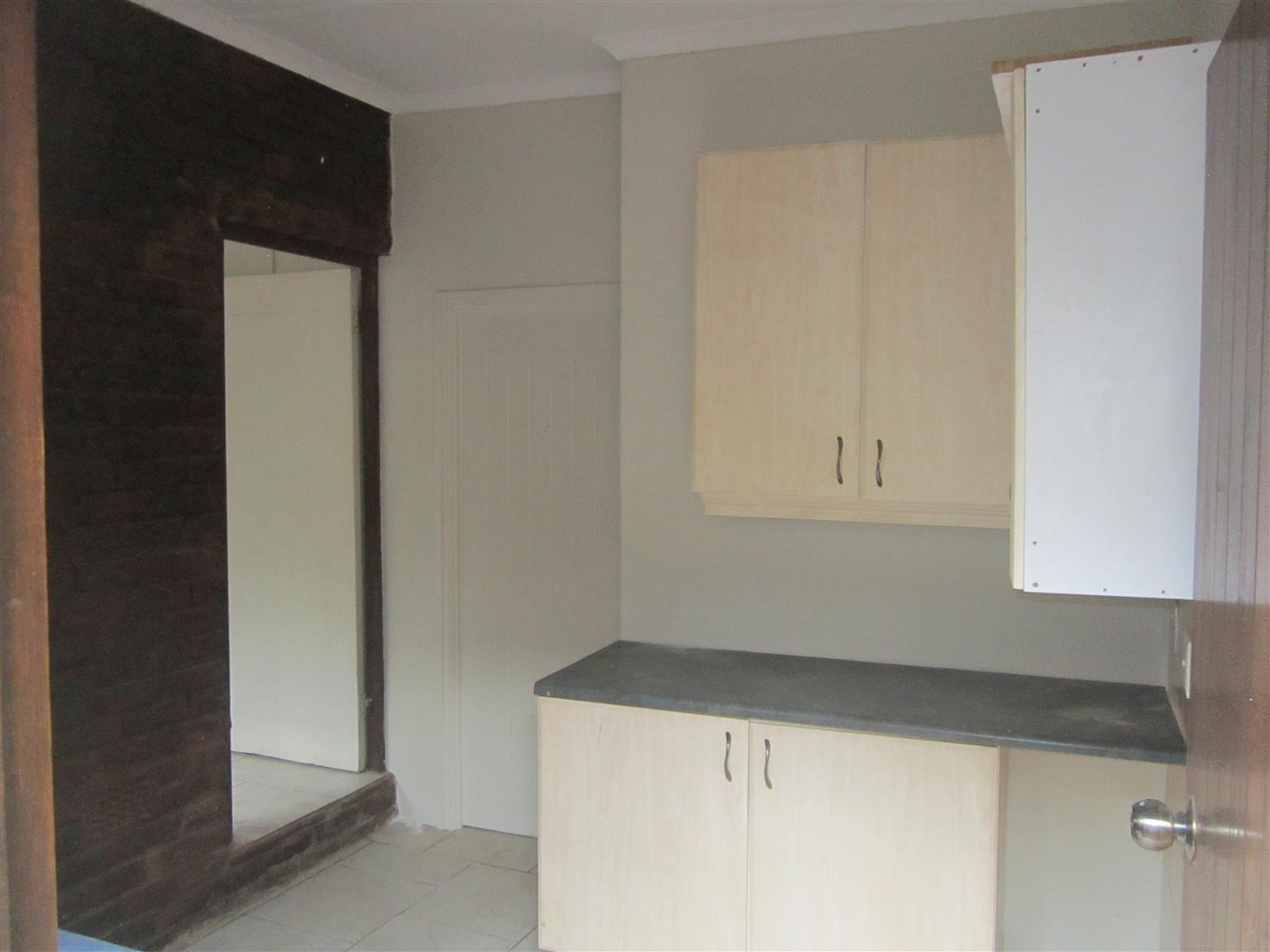 1 x Bedroom  Flat: