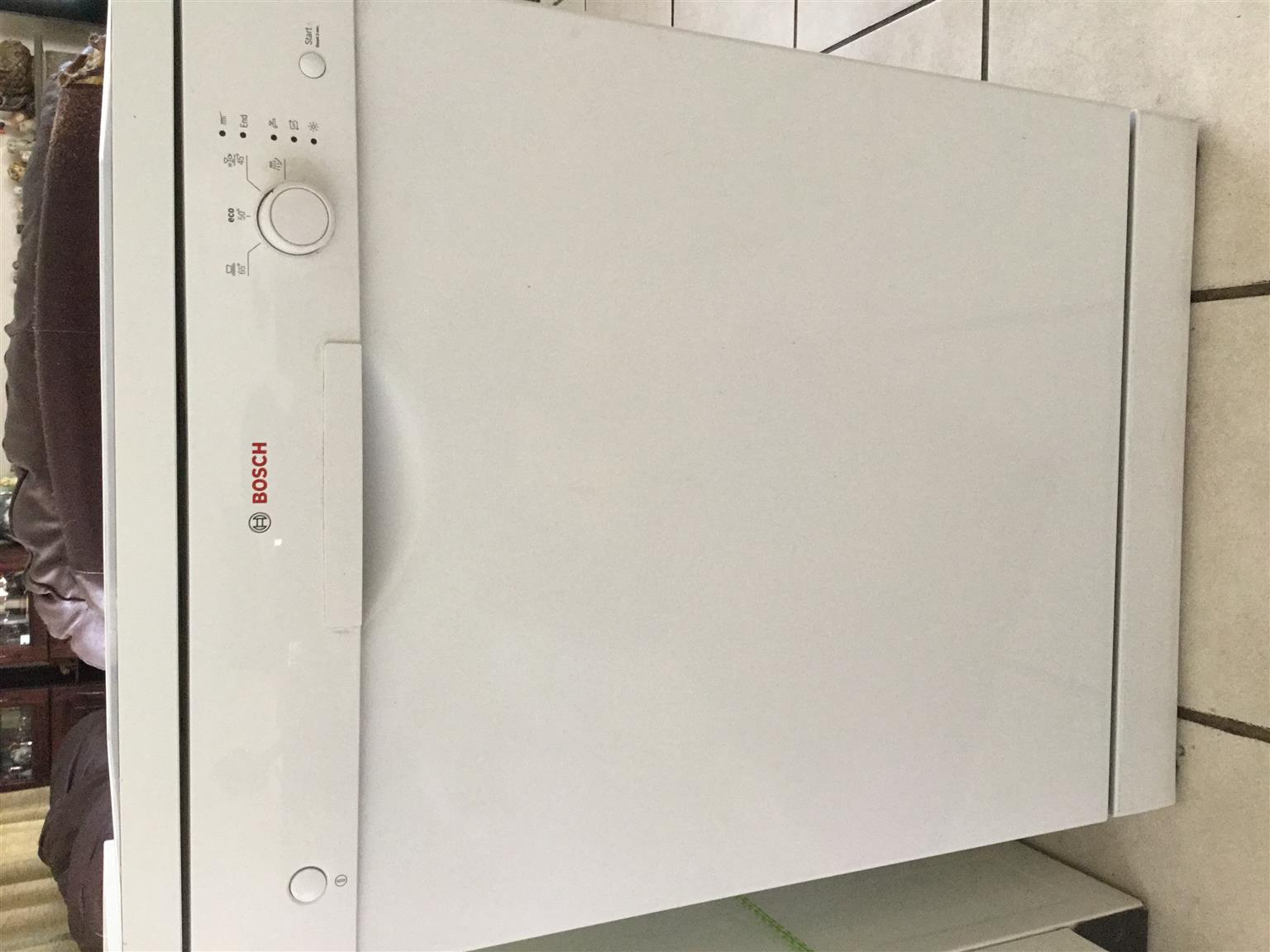 Aeg washing machine junk mail for Kitchen appliances cape town