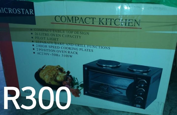 Compact kitchen stove and oven