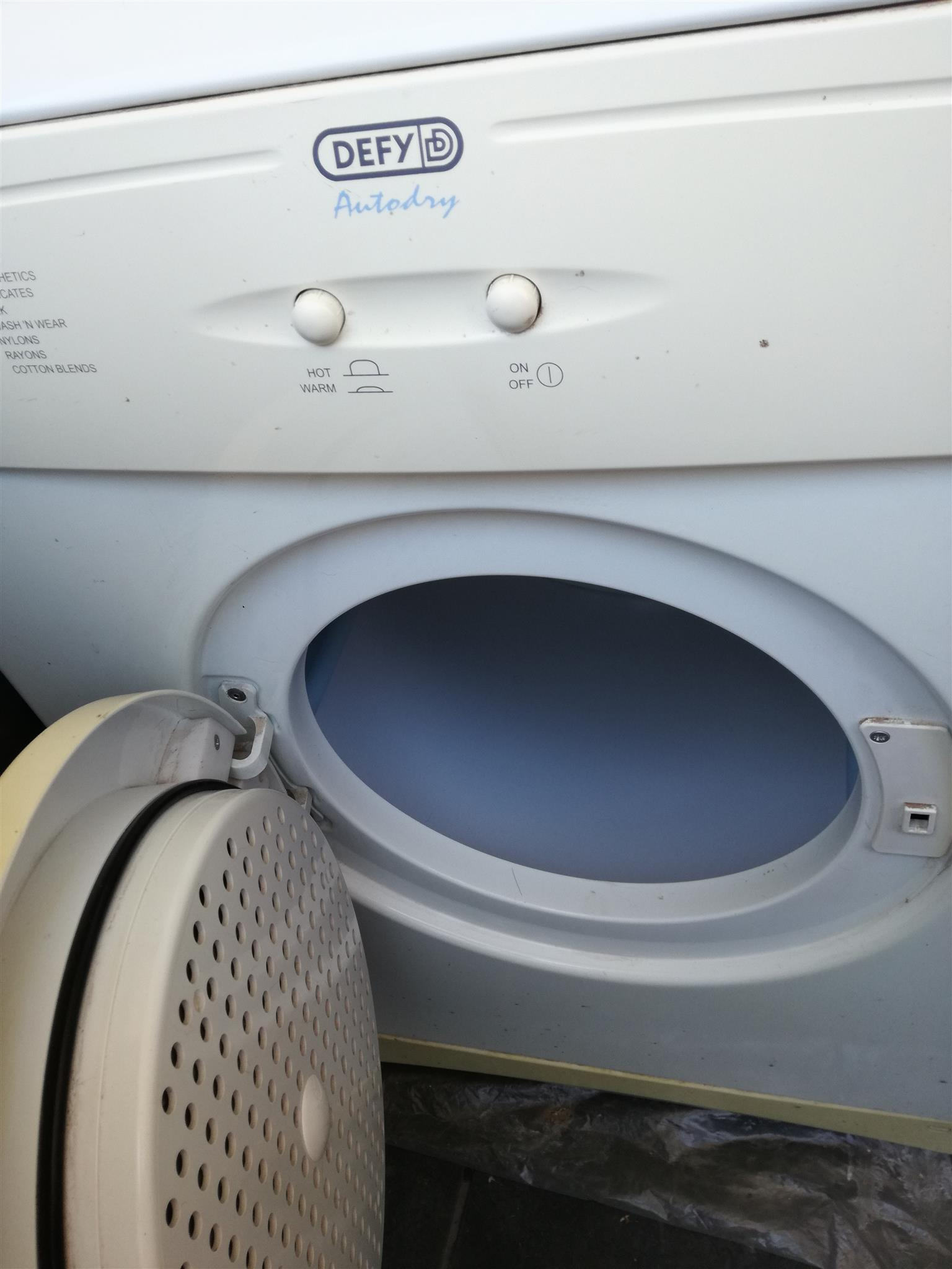 Double Bed and tumble dryer