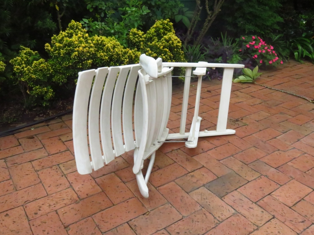 Reclining and folding patio chairs
