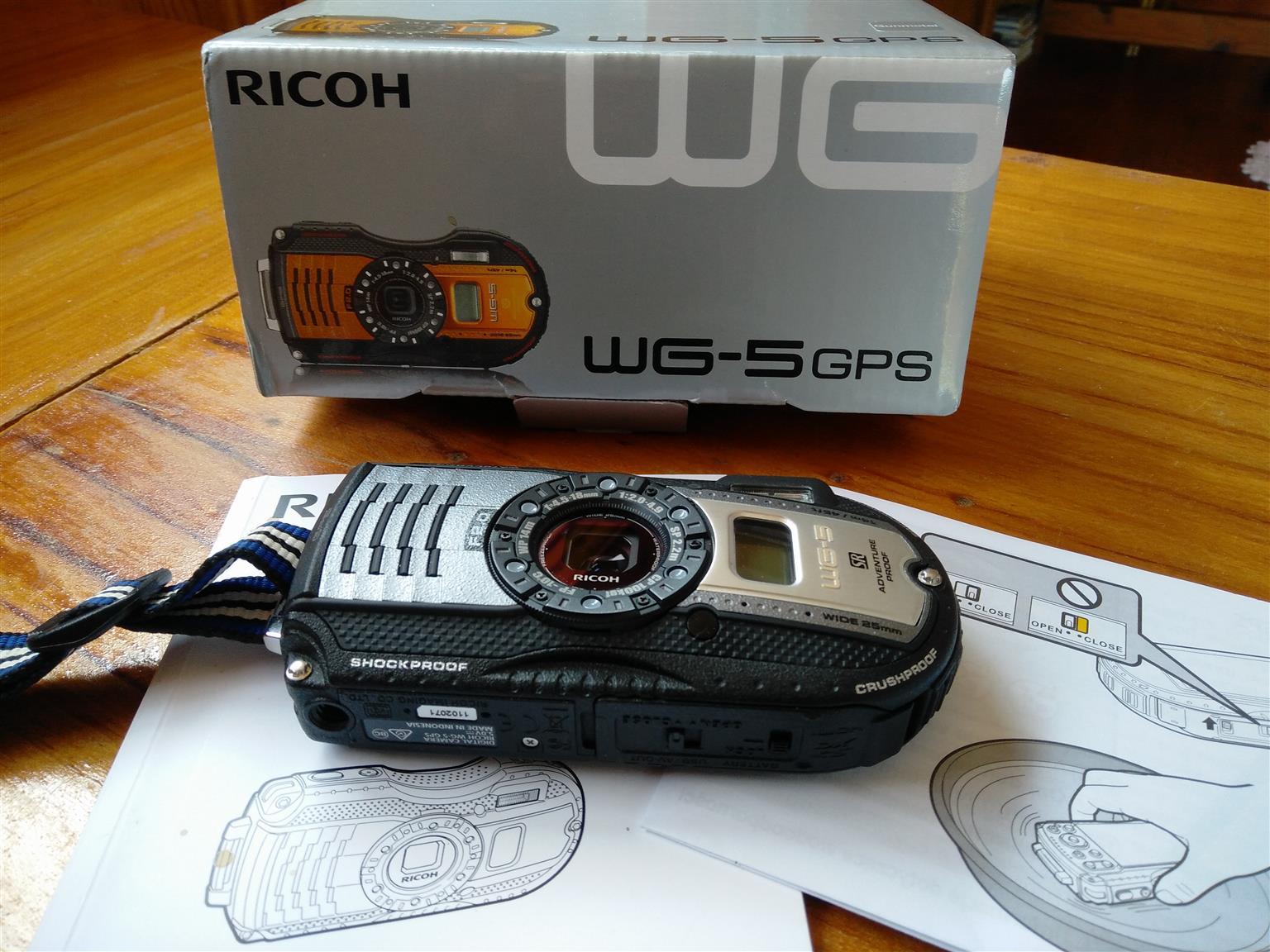 Ricoh WG-5 compact camera