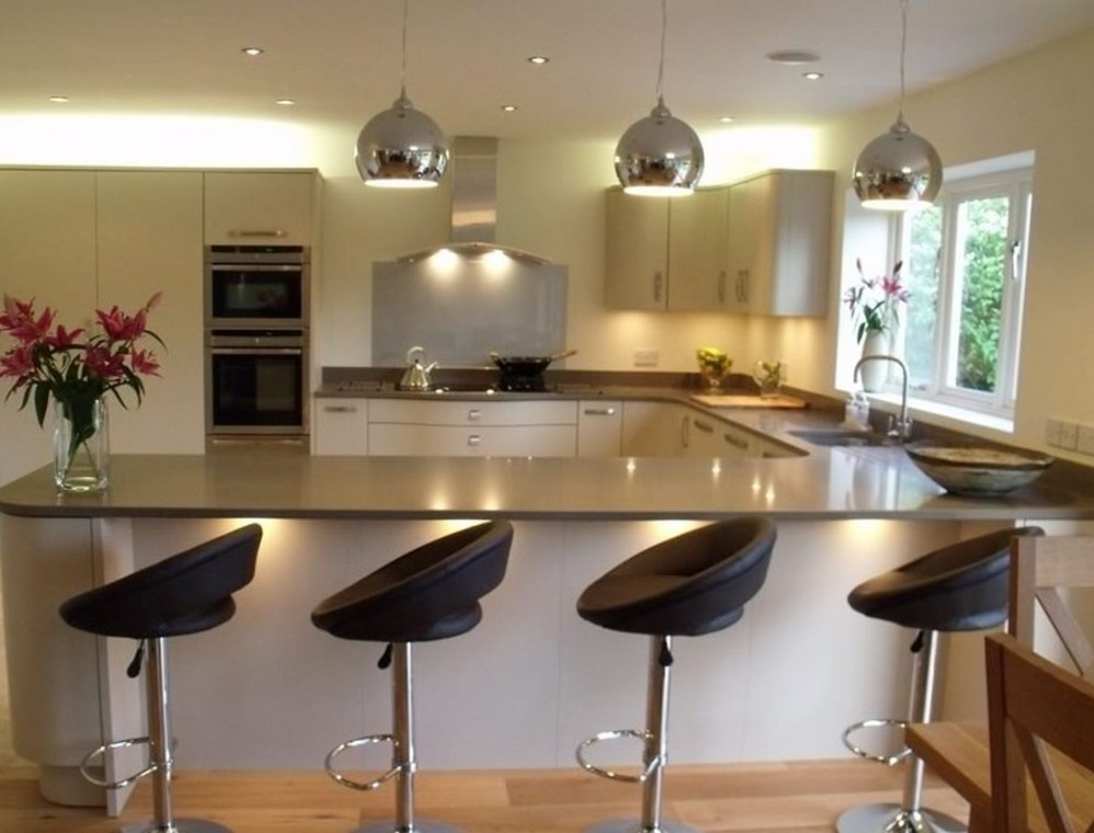 Built in cupboards on special junk mail for Kitchen cabinets johannesburg