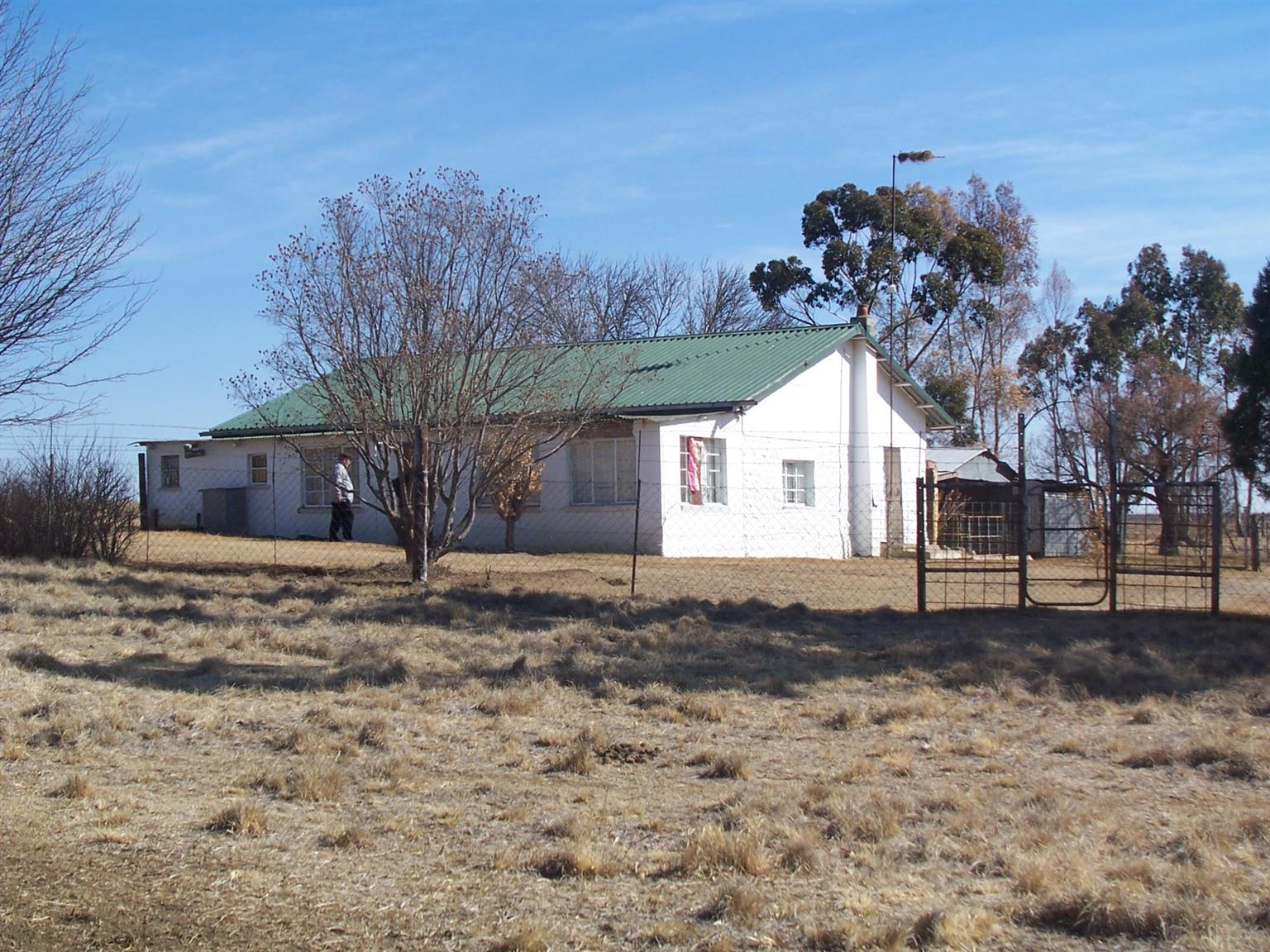 65 hectares Frams for sale in Vrede just two hours from Johannesburg.