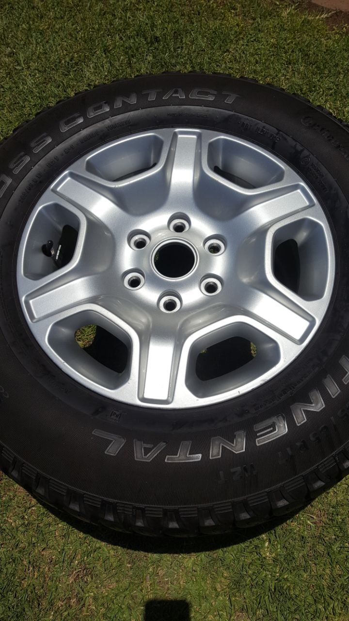 One 17 inch 2016 Ford Ranger  Spare Mag with 70% tread Continental AT Tyre R2950