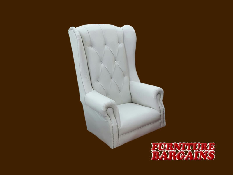 Feel like Royalty by adding this Stylish Wedding Decor Chair to your Most Memorable Day.