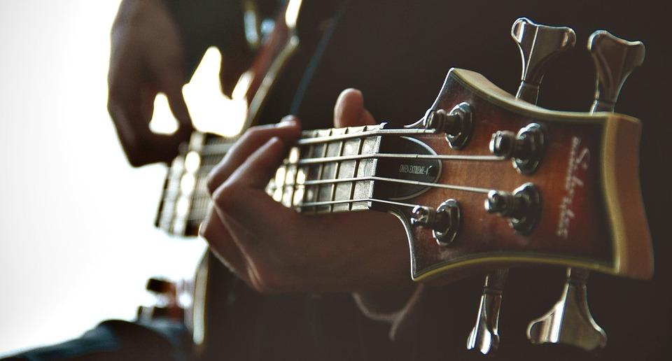 MUSICIAN / Singer / Guitar / Piano / Key Bord