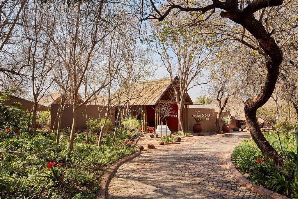 BARGAIN  Magaliespark timeshare for rent end November 2017