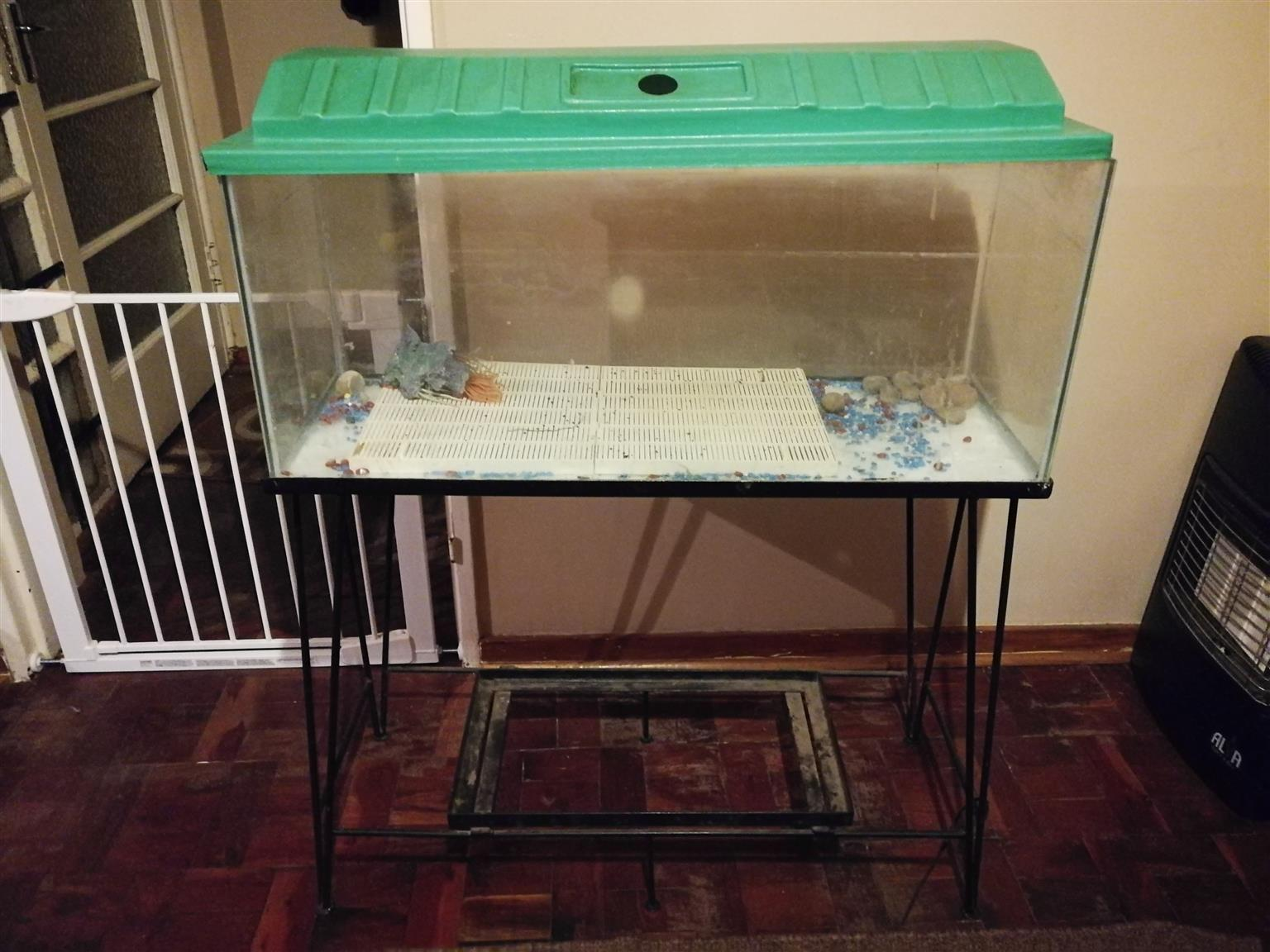 Fish Tank - 4ft with stand