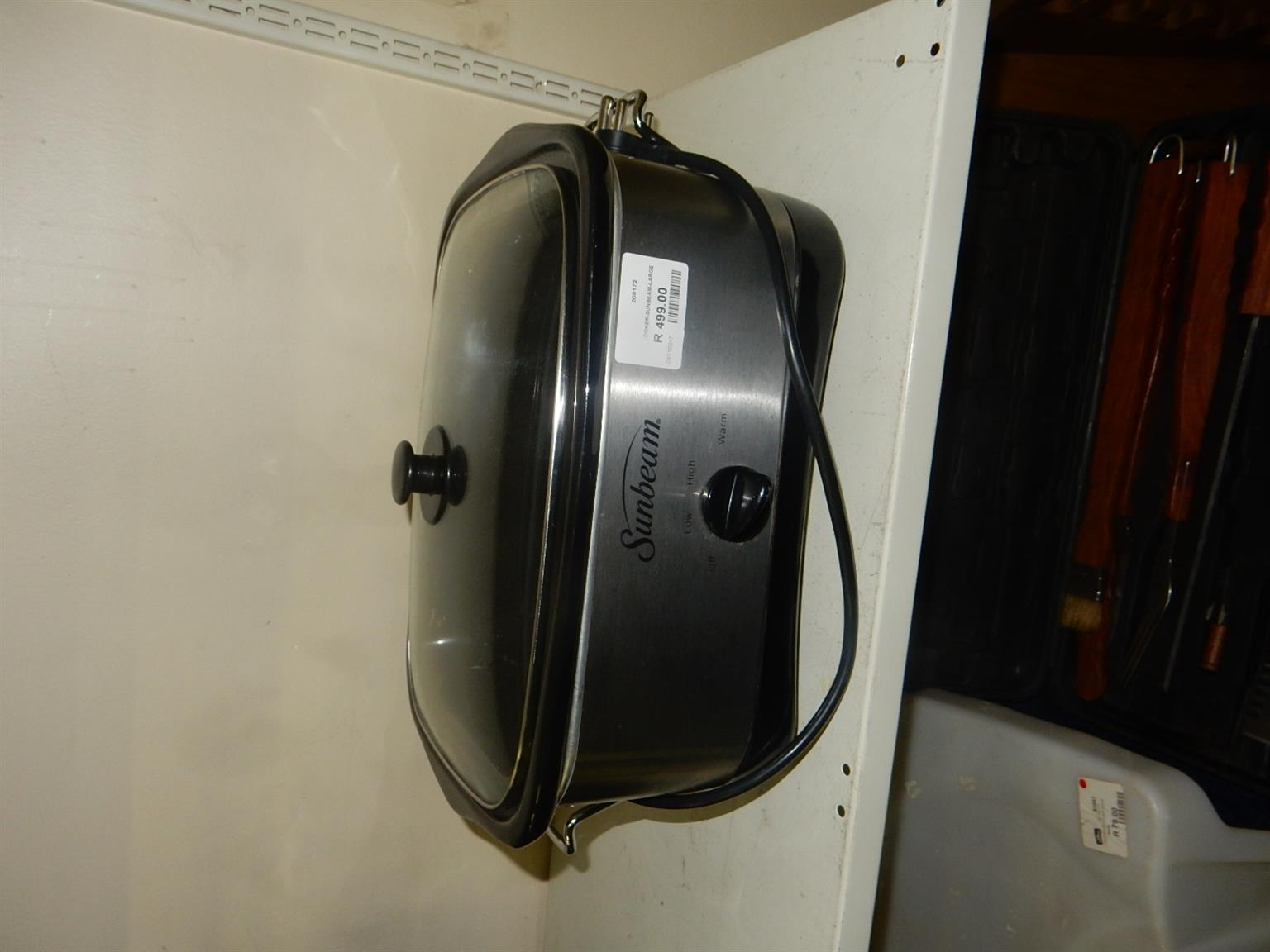 Large Sunbeam Slow Cooker