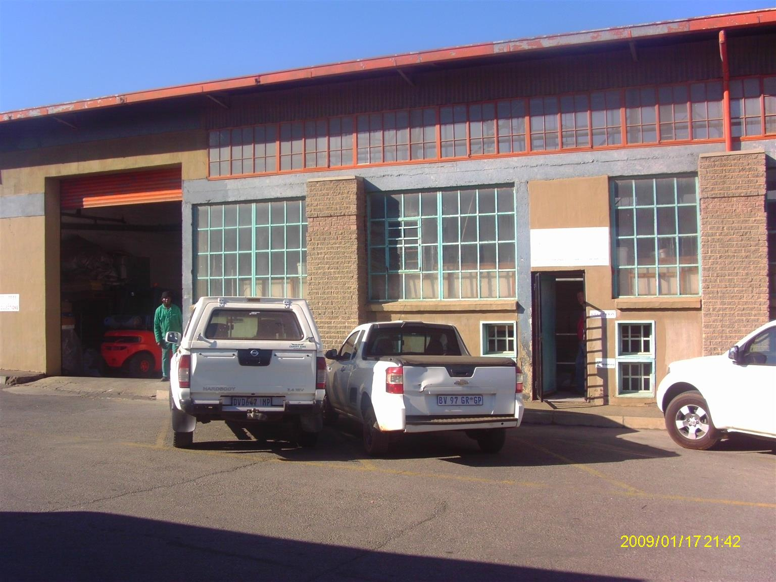 670m² Factory/Warehouse to let in Heriotdale, Germiston