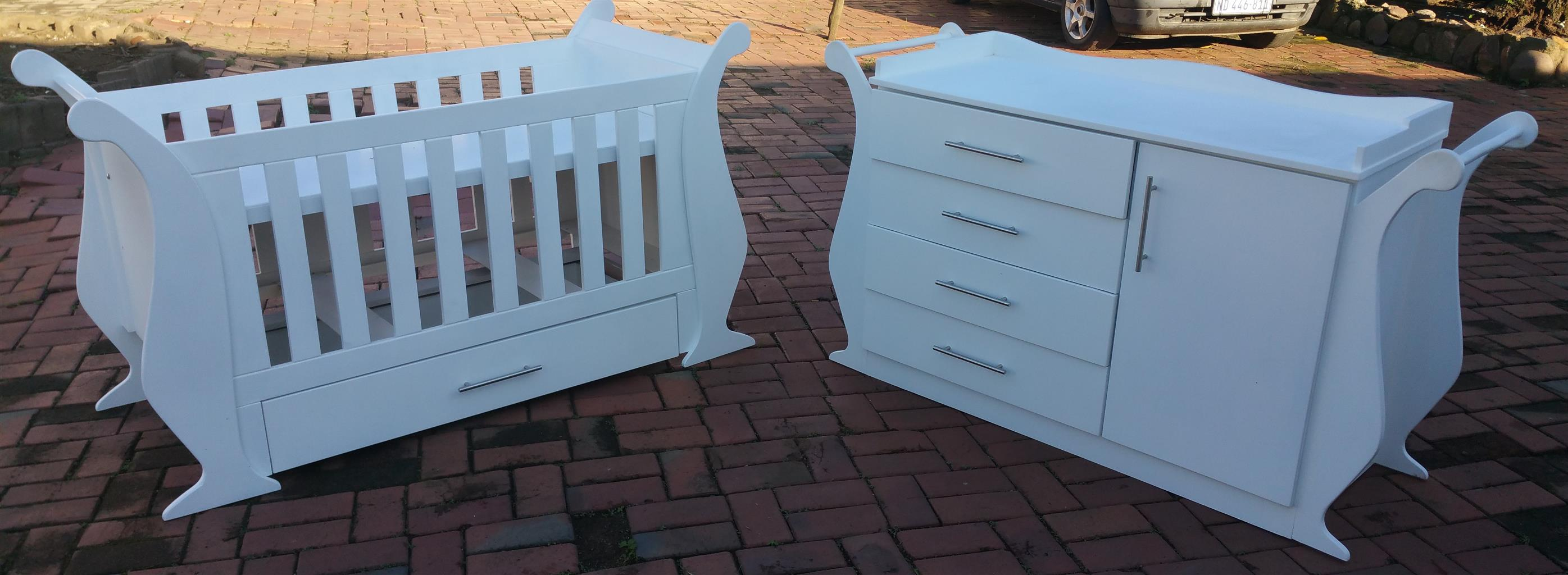 Petunia Baby Cot and Compactum-R 5499,00 for sale  Johannesburg - Sandton