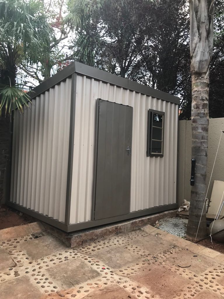 Portable Tool Shed : Portable custom built storage units junk mail