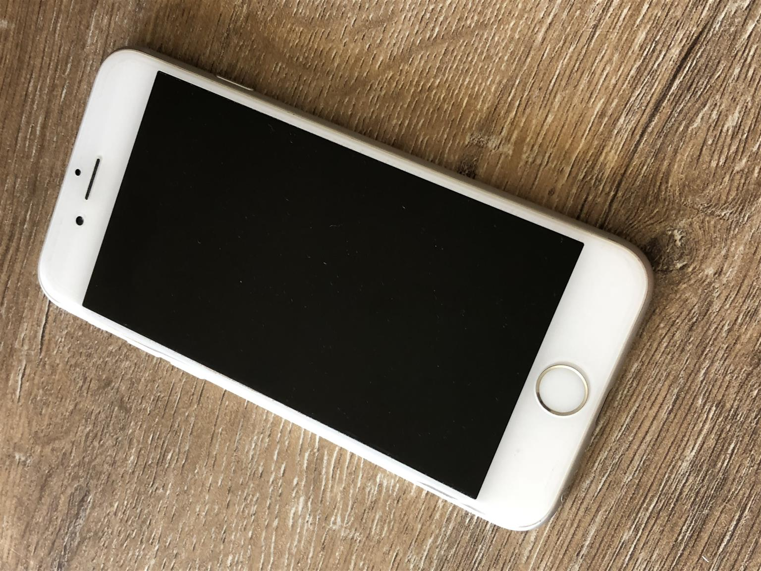 iPhone 6 16GB in perfect condition