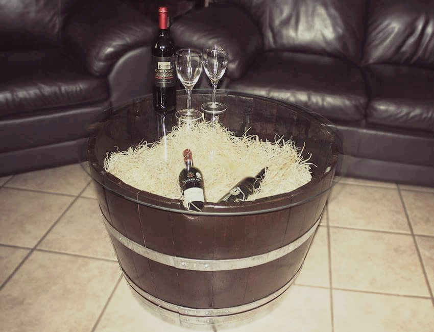 SPECIAL!! SAVE R800!! Beautiful Oak Wine Barrel Coffee Table AND Side Table special!