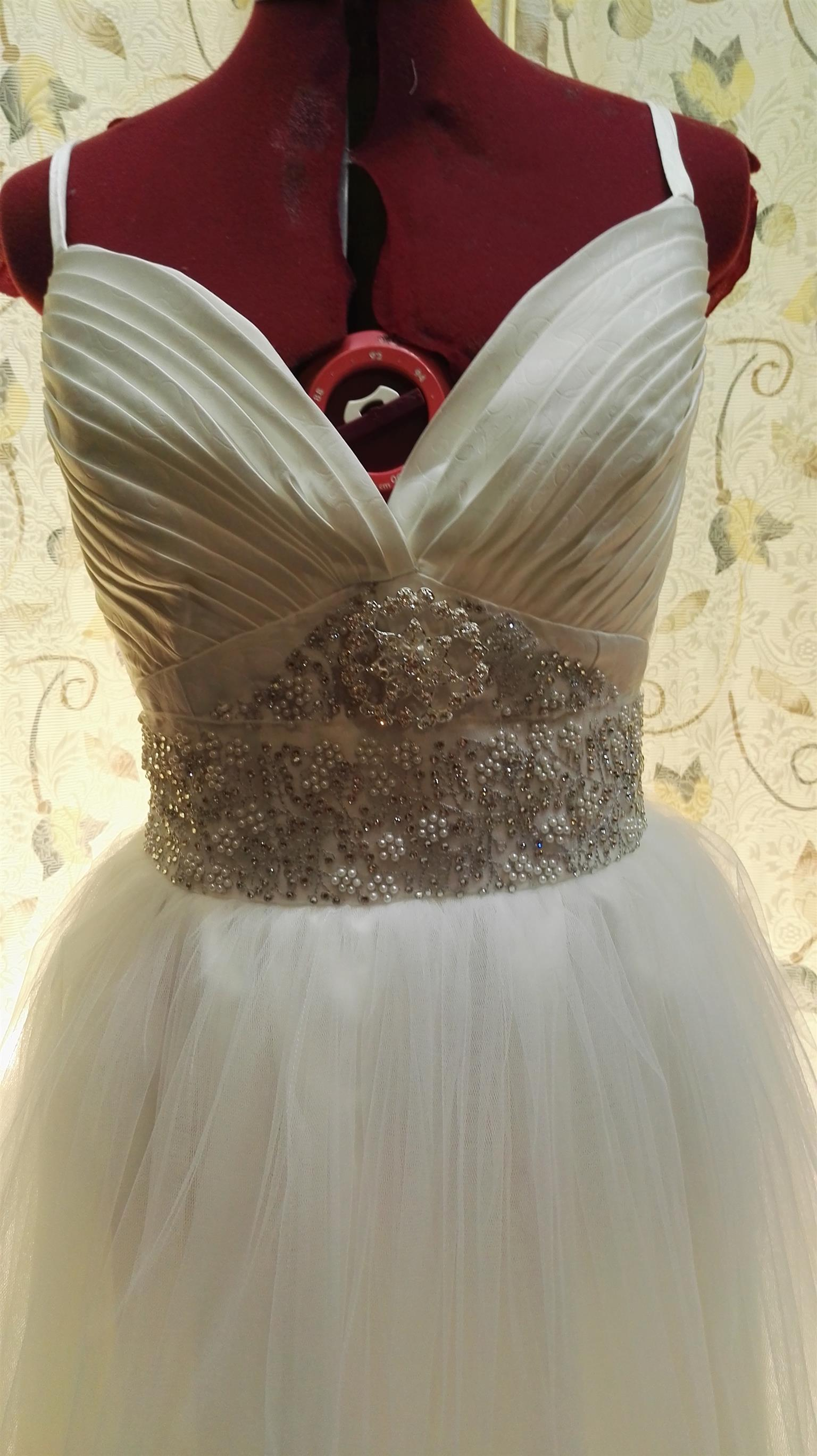 Wedding and Formal wear Alterations