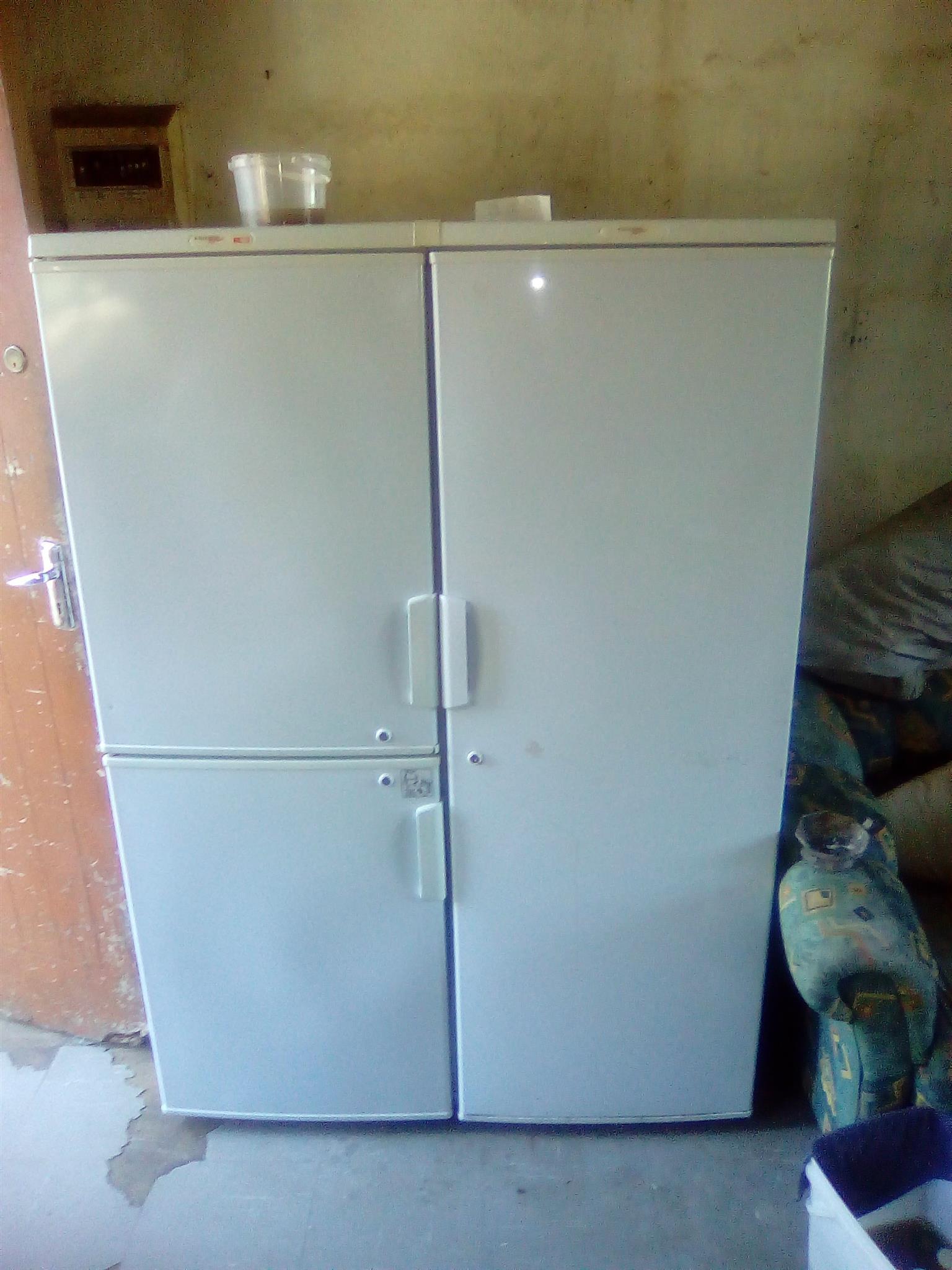 3 deur fridge master yskas