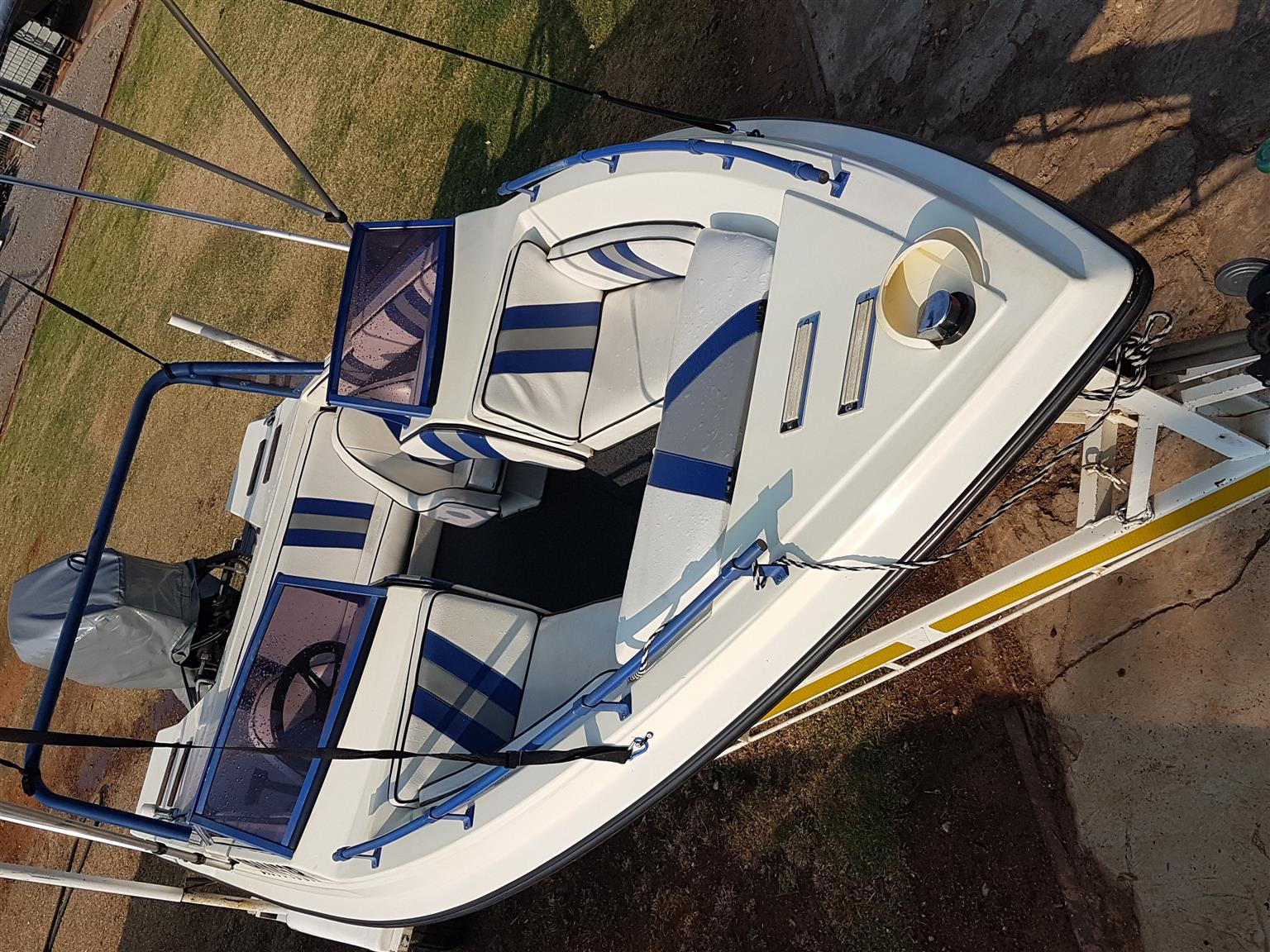 BOWRIDER TOBAGO with 150hp EVINRUDE - MINT ORIGINAL!! PRICE REDUCED!!