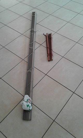Aluminum blind (2.1m x 3m ).