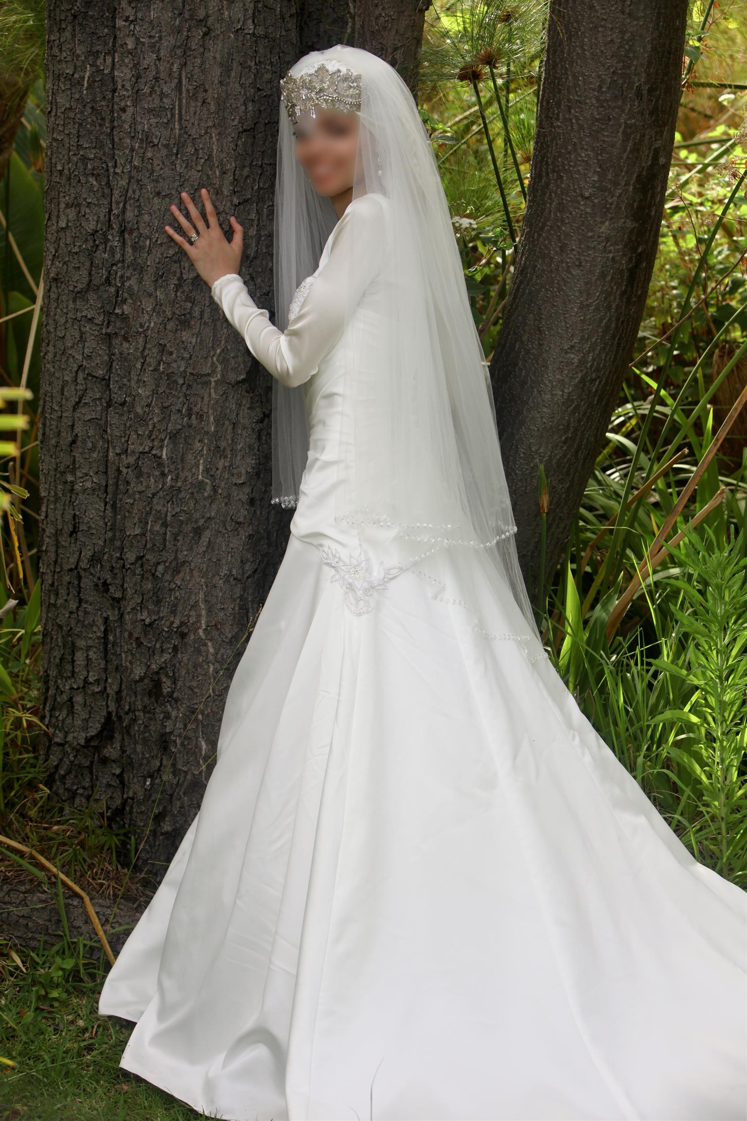 White Wedding Dress & Indian Wedding Dress For Hire | Junk Mail