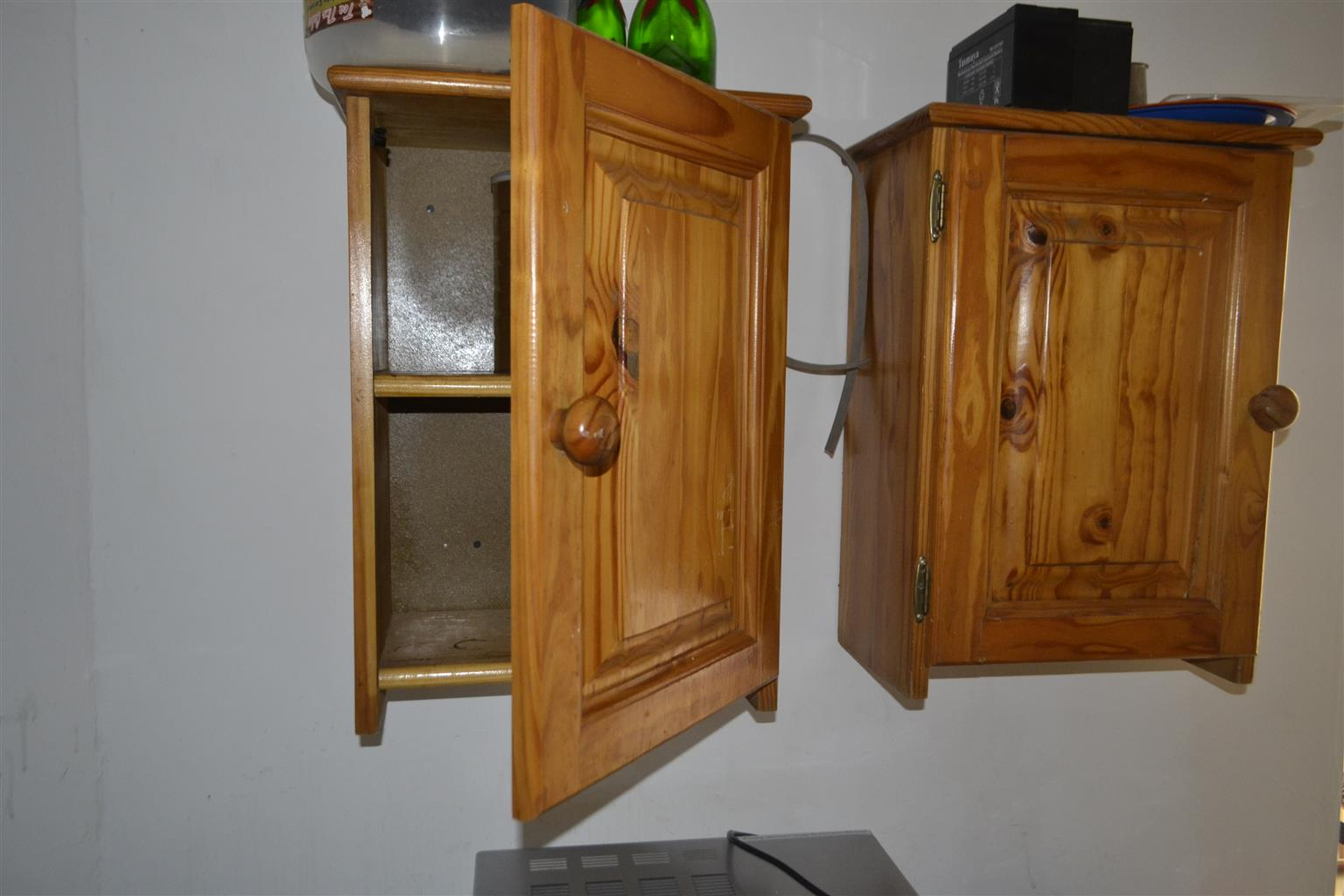 2x single and one double, wooden , kitchen cupboards for sale.