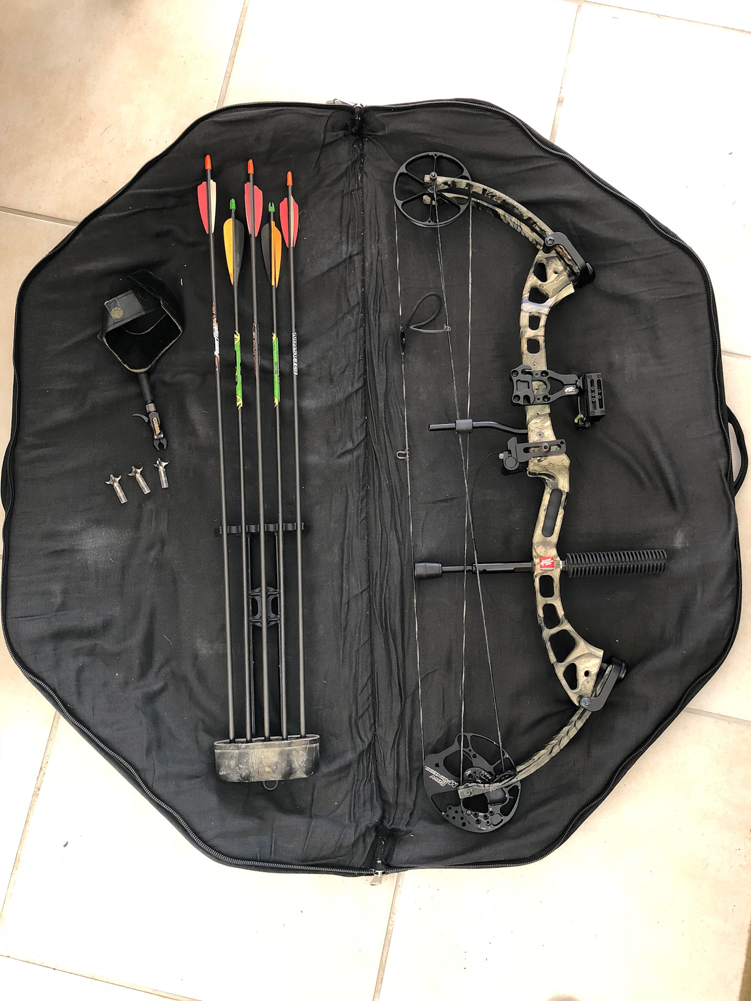 PSE Bow Madness  ompound bow brand new!!