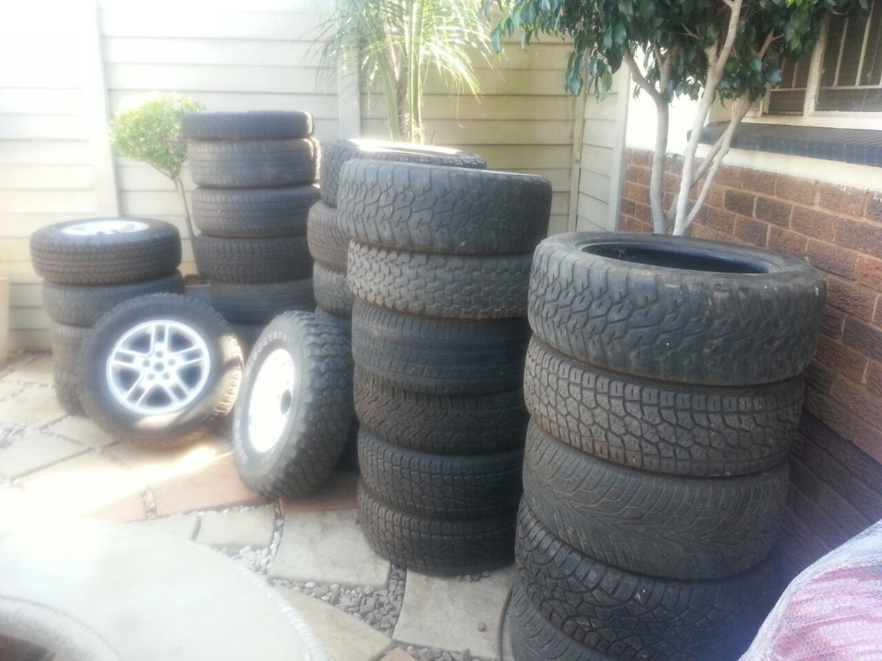 Land Rover and Range Rover Tyres for sale