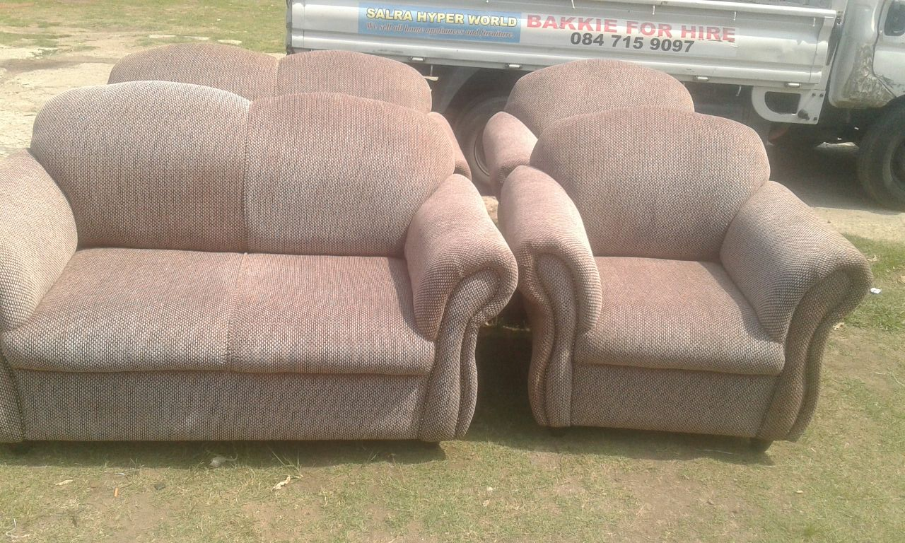 4 Piece Lounge suite