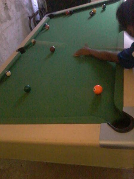 Slat top pool table
