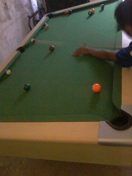 Slat top pool table