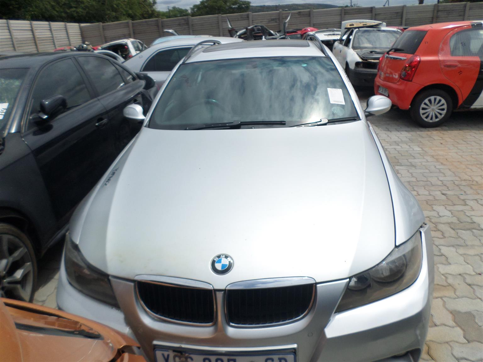 BMW 320i M Line E91 s/wagon 2008 now for stripping of all parts.