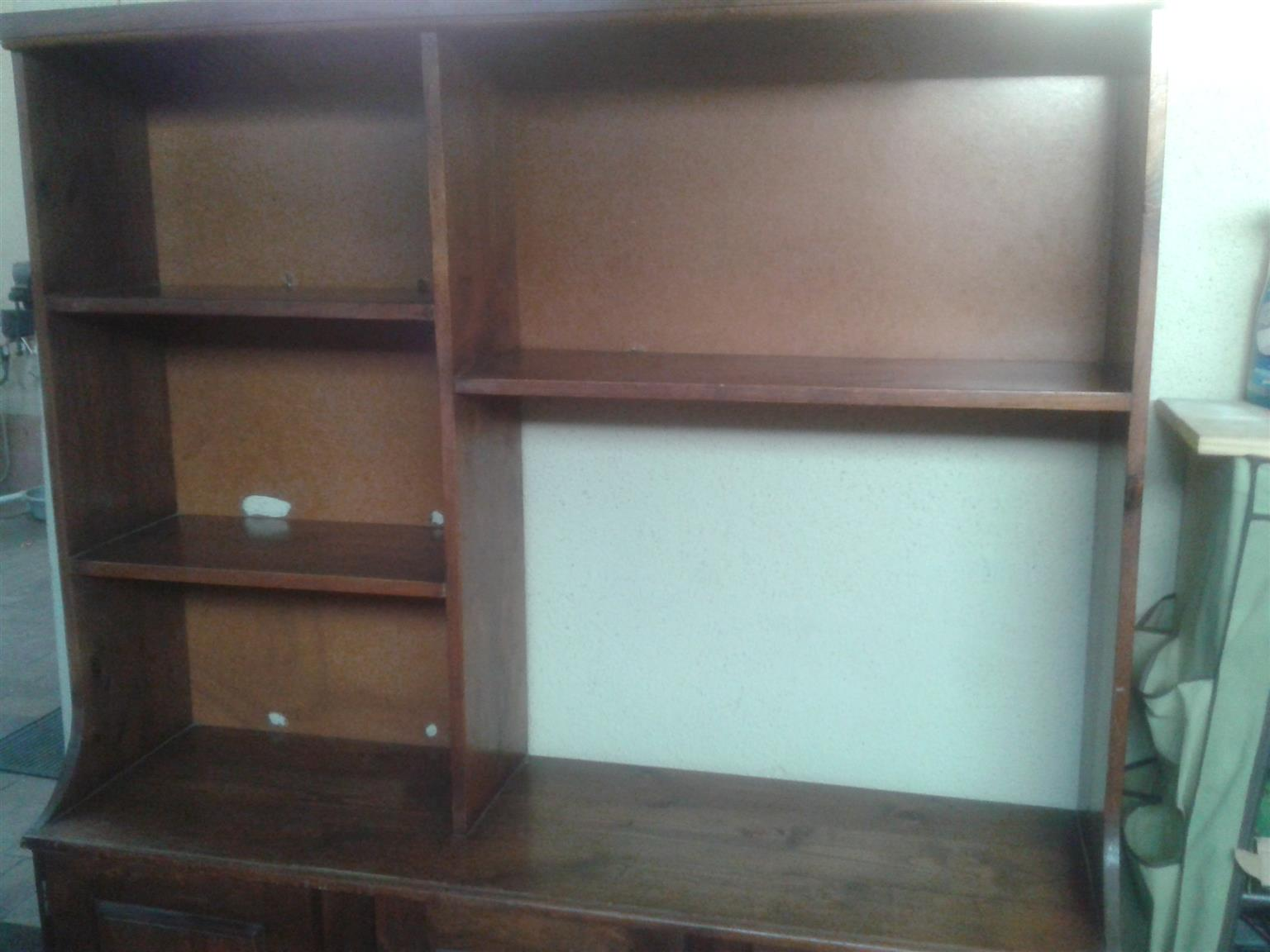 Display Cabinet Good Condition Without Locking Cupboards.