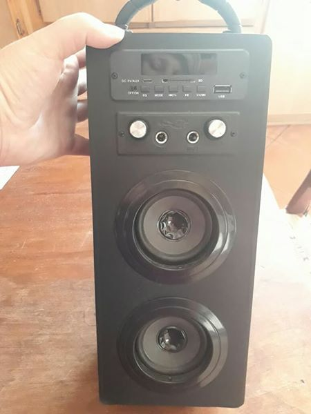 Mini tower speaker te koop so te se nuut