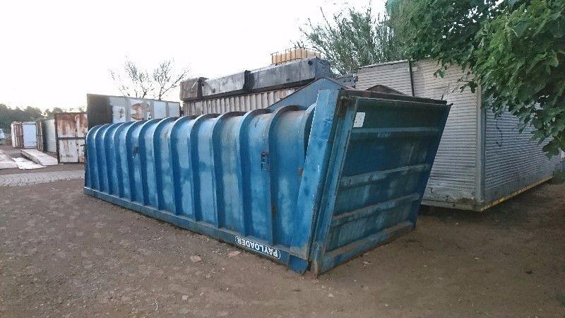 Back tipper bin for sale