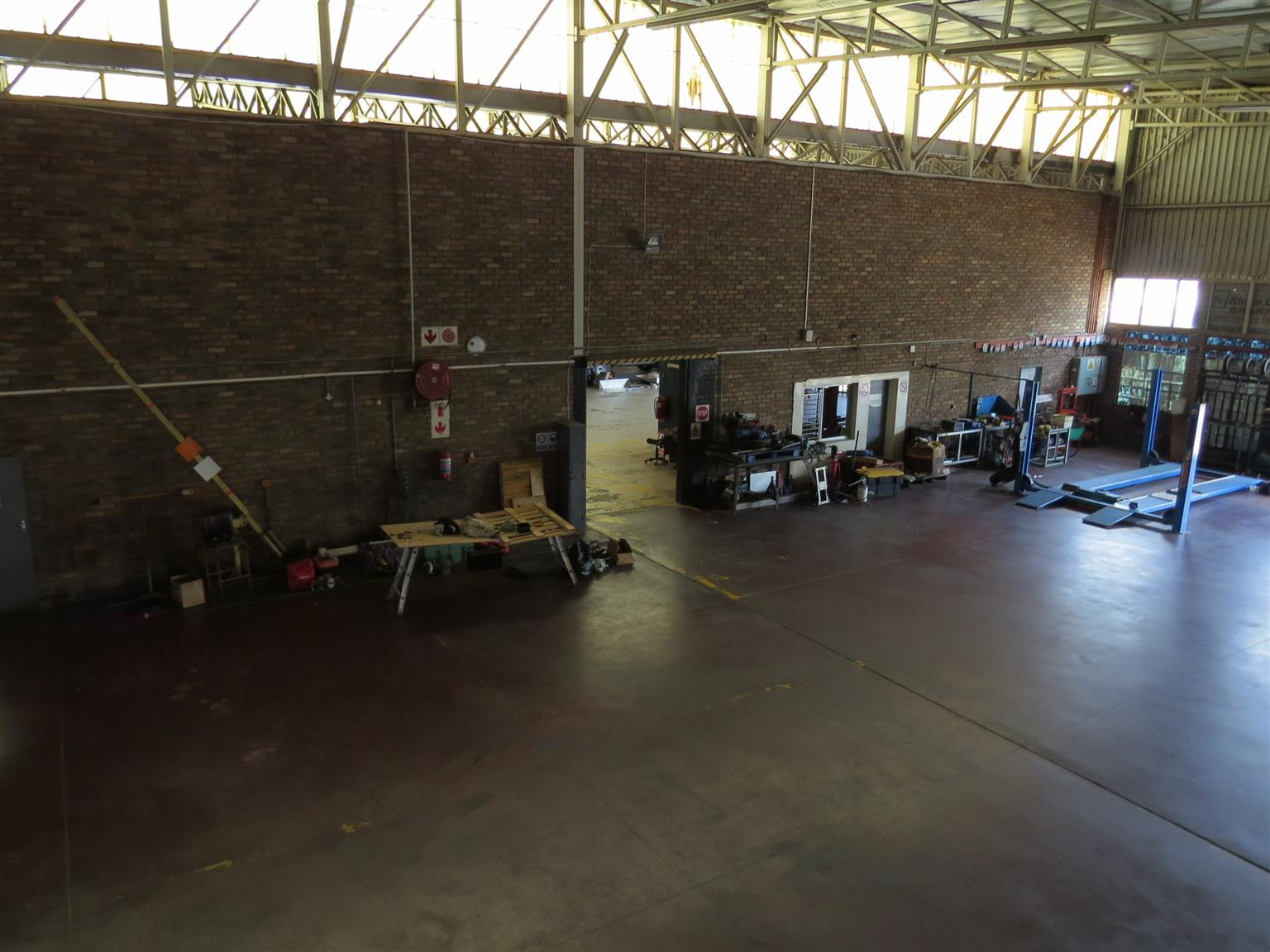 Industrial Warehouse For Sale in Brakpan CBD