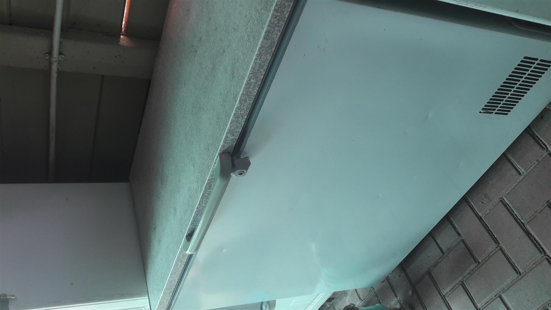 Chest Freezer DEFY 310L