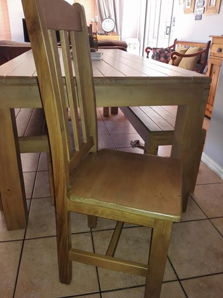 R 5 000 For Sale Diningroom Table R5000 Port Elizabeth