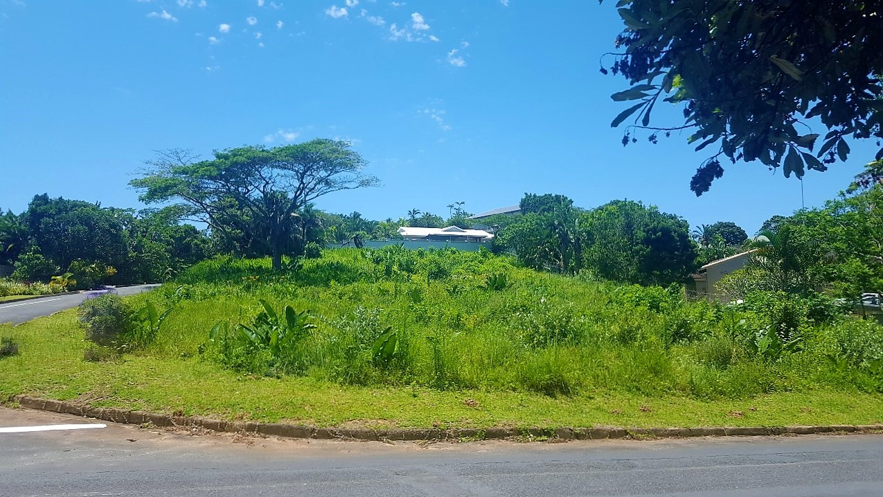 Southbroom Corner stand for sale – R450 000