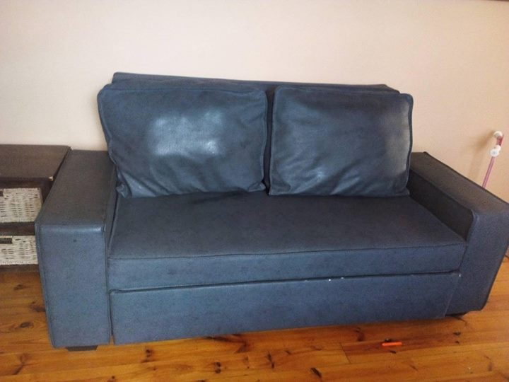 leather sleeper couch