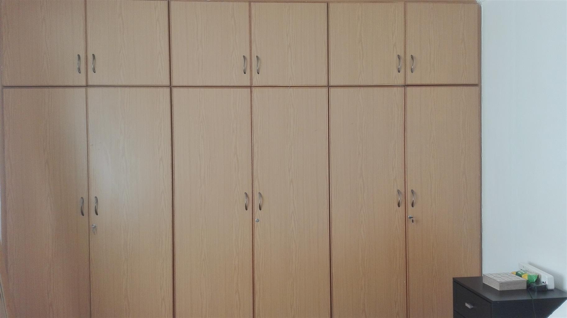 Bedroom cupboard doors for sale & Bedroom cupboard doors for sale | Junk Mail