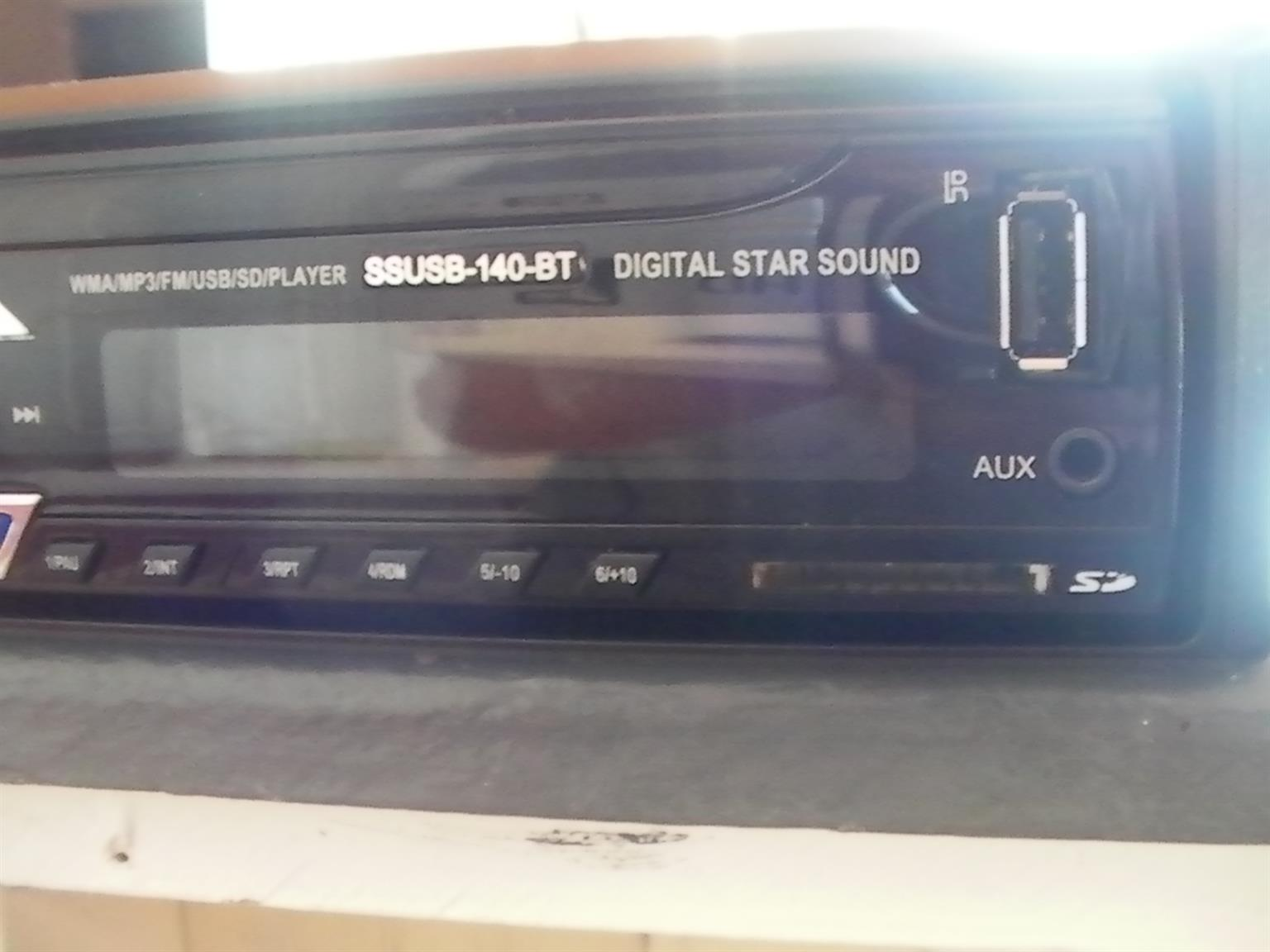 Star Digital Car Radio with MP3/FM/USB/SD/Player