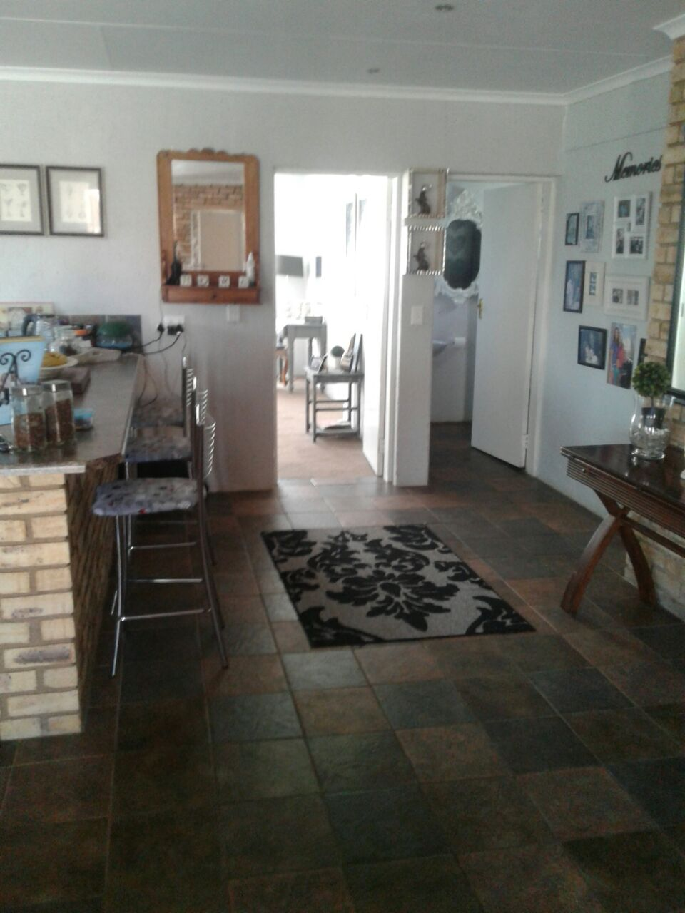 Krugersdorp. Beautiful very spacious house to let. ONLY R 7200 per month. Neat. Safe Secure Central. Dogs welcome.