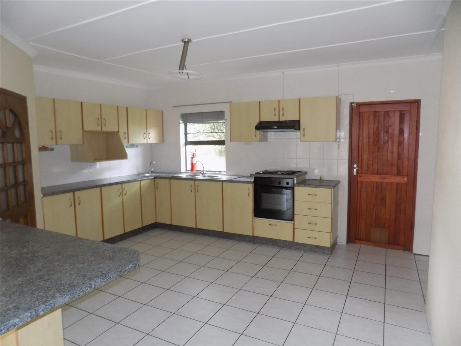 Beautiful 2 Bedroom House to Rent in Birdswood - Available immediately!