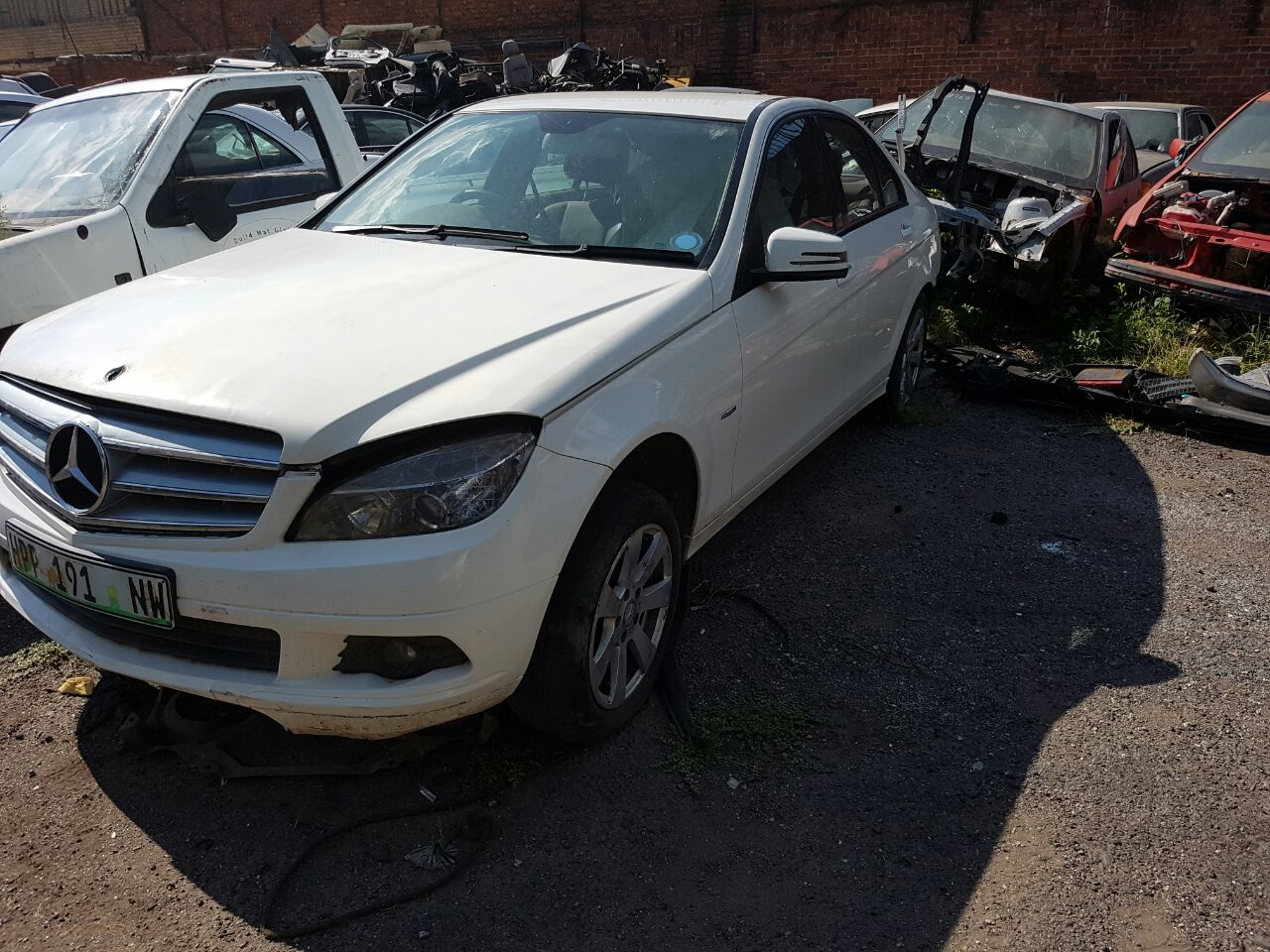 Merc w204 stripping for spares